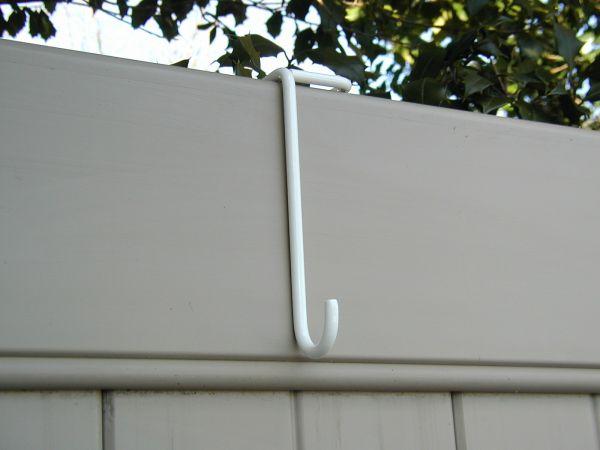 vinyl fence hangers 1